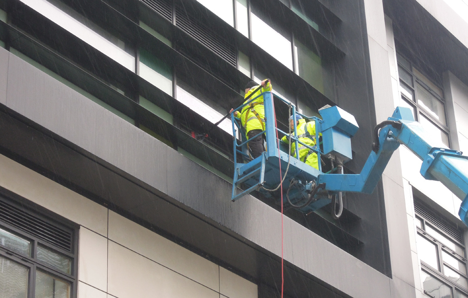 Window cleaning 03